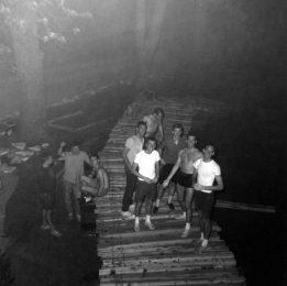 236 -Thomas Grooms - Fiji Isle Bridge TG&Classmates